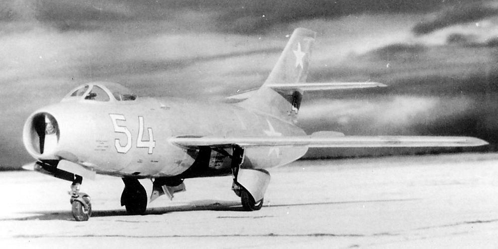 YAKOVLEV - avioni konstruktora Jakovljeva Yakovlev_yak30_03